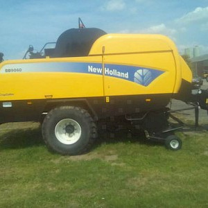 New Holland BB 9060 cropcutter